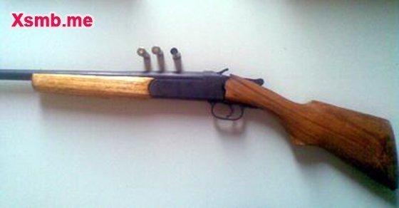 Dùng súng hoa cải uy hiếp chủ lô đề đòi tiền thưởng